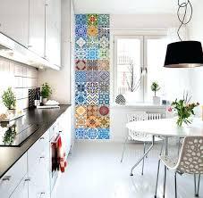 frise murale cuisine carreaux adhesifs cuisine une frise verticale adhacsive imitation