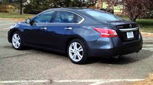 nissan altima 2013 models real first impressions video 2013 nissan altima 3 5 sl youtube