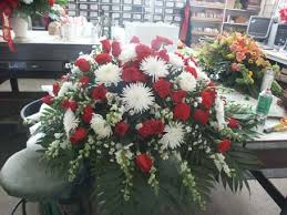 how to make a casket spray funeral service flowers delivery chicago il soukal floral co
