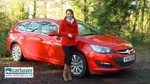 ford focus carbuyer vauxhall astra estate review carbuyer