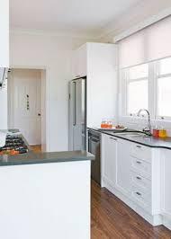 antique white usa kitchen cabinets 10 antique white usa ideas antique white usa dulux white
