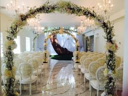 wedding arch las vegas royal wedding chapel venue las vegas nv weddingwire