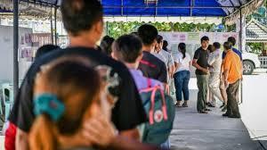 constitution d un bureau de vote actualités du monde thaïlande référendum sur une constitution