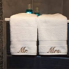 Decorative Hand Towels For Powder Room - best 25 hotel towels ideas on pinterest wells hotel how to