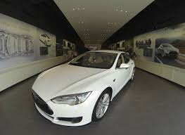 electric vehicles tesla tesla electric car becoming a must buy for the wealthy nbc news