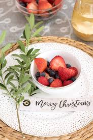 Christmas Buffet Table Decoration Ideas by Simple Ideas For Decorating A Christmas Brunch Table Driven By Decor
