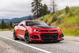 camaro ss or zl1 2018 chevrolet camaro zl1 1le test review motor trend