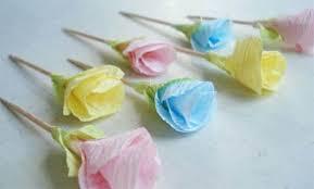 membuat hiasan bunga dari kertas lipat cara membuat bunga dari kertas krep yang mudah