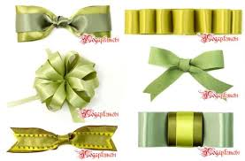 tying gift bows how to tie a tie ribbon how to