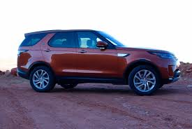discovery land rover 2017 first drive the 2017 land rover discovery gets its quirks ironed out