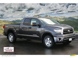 toyota tacoma vs tundra toyota tundra 2012 have on cars design ideas with hd resolution