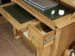 bureau informatique bois massif petit bureau informatique emeric en chêne de style louis philippe