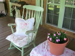 petticoat junction shabby cottage chic porch using rachel ashwell