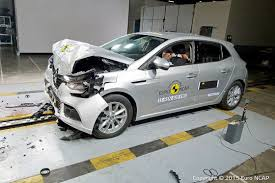 crash test siege auto 0 1 crash test siege auto 0 1 57 images car crash car crash test
