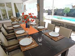 stunning 4 bedroom villa wifi bbc itv u0026 sky sports a con table