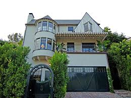 house of the week rumored rental to the stars