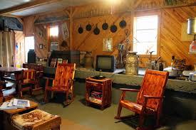 Crystal Barn Old Red Barn Eminence Mo Lodging Activities Canoe Rentals