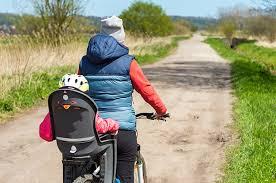 siege velo a partir de quel age le siège bébé vélo comment le choisir