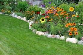 Landscaping Edging Ideas Are You Stuck For Landscape Edging Ideas Home Information Guru Com