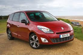 renault grand scenic renault scenic grand scenic 2009 car review honest john