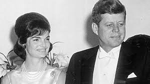 jacqueline kennedy new book claims jfk assassination left jackie kennedy with ptsd