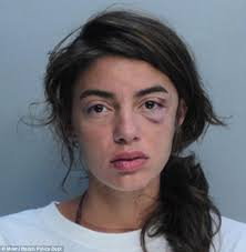 miami fan slaps officer miami beach cop who attacked handcuffed model suspended for only a