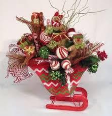top hat centerpiece floral arrangement lime