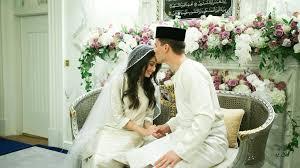 Wedding Shoes Johor Bahru Royal Wedding Malaysia Princess Ties The Knot With Dutchman In