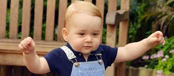 si e social petit bateau photos le prince george en petit bateau pour portrait officiel
