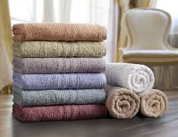 making use of bathroom towels to help with bathroom styling see
