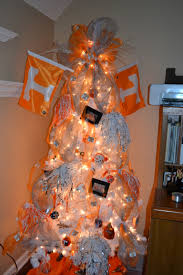 tn vol tree in the office christmas at my house pinterest
