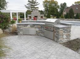 outdoor kitchen design and decoration using light grey brick