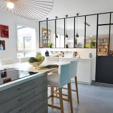cuisine avec bar table cuisine en l avec bar kitchens table design simple home mini