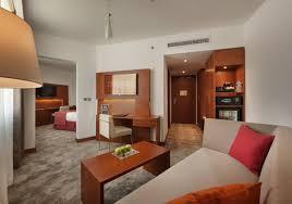 chambre d hote al鑚 h i s シュタイゲンベルガー ホテル エル タハリールのホテル詳細