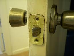 How To Unlock A Bathroom Door Knob How To Remove And Replace A Weslock Doorknob 6 Steps