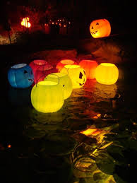 halloween decorating with glow sticks and other inexpensive stuff