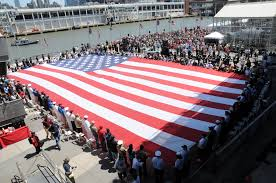 Ceremony Flag File U S Service Members And Veterans Hold A 100 Foot U S Flag