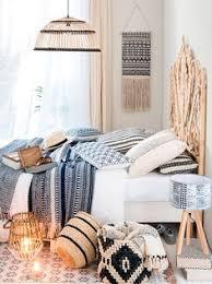 chambre d h e cancale décoration et guirlande lumineuse illuminez votre intérieur néon