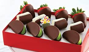 edible treats hot 8 for 30 fruit treats at edible arrangements today only