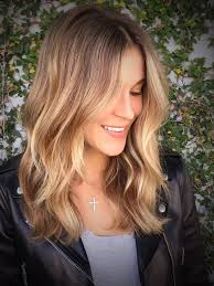 medium lentgh hair with highlights and low lights light brown hair with highlights medium length medium hairstyles