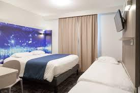 chambre kyriad hôtel kyriad poitiers jules verne site du futuroscope