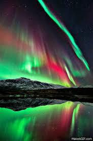 aurora borealis northern lights gif 쌍무지개 오로라 pinterest