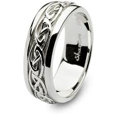 claddagh wedding ring mens sterling silver celtic wedding ring sm sd11