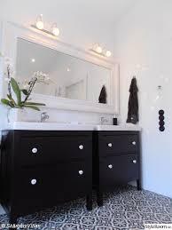 Ikea Hemnes Bathroom Vanity Salle De Bain En Noir Et Blanc Carrelage Motifs Meubles Ikea