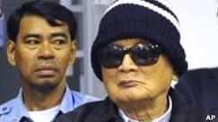 Líderes do Khmer Vermelho vão a julgamento no Camboja