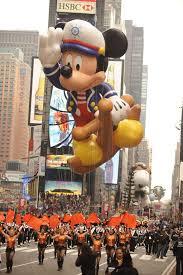 disney floats macys thanksgiving day parade history captain mickey