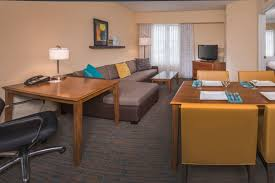 2 bedroom suites in chesapeake va newly renovated suites in chesapeake chesapeake hotel suites