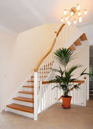 geschlossene treppen treppe offen oder geschlossen bauen vorteile der bauformen