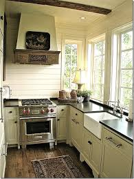 Carolina Country Kitchen - small cottage kitchen in north carolina via cote de texas