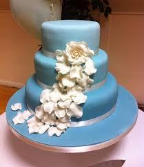 mariage bleu et blanc mariage bleu ciel ivoire blanc planche d inspiration 1 melle